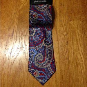 NWT Pierre Cardin Paisley Neck Tie 👔